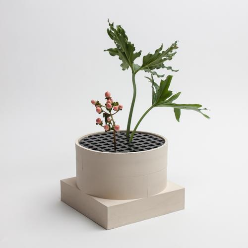 Short Utility Vase | Cream