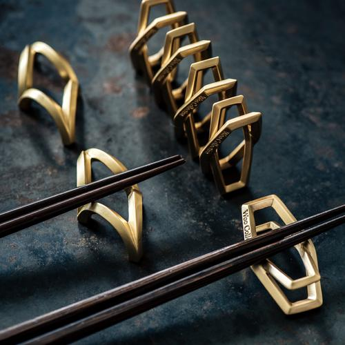 STRAIGHT | Gold Chopstick Rack (2 in 1 set + leather case)