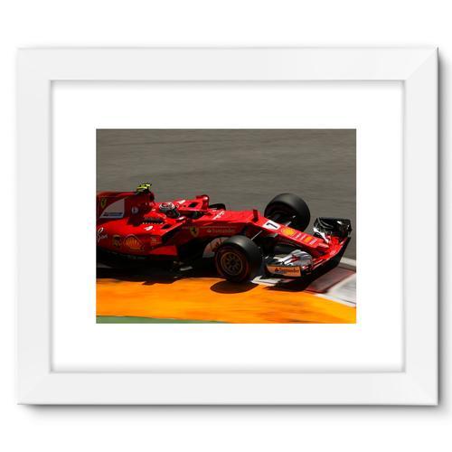 Kimi Raikkonen, Ferrari SF70H | White